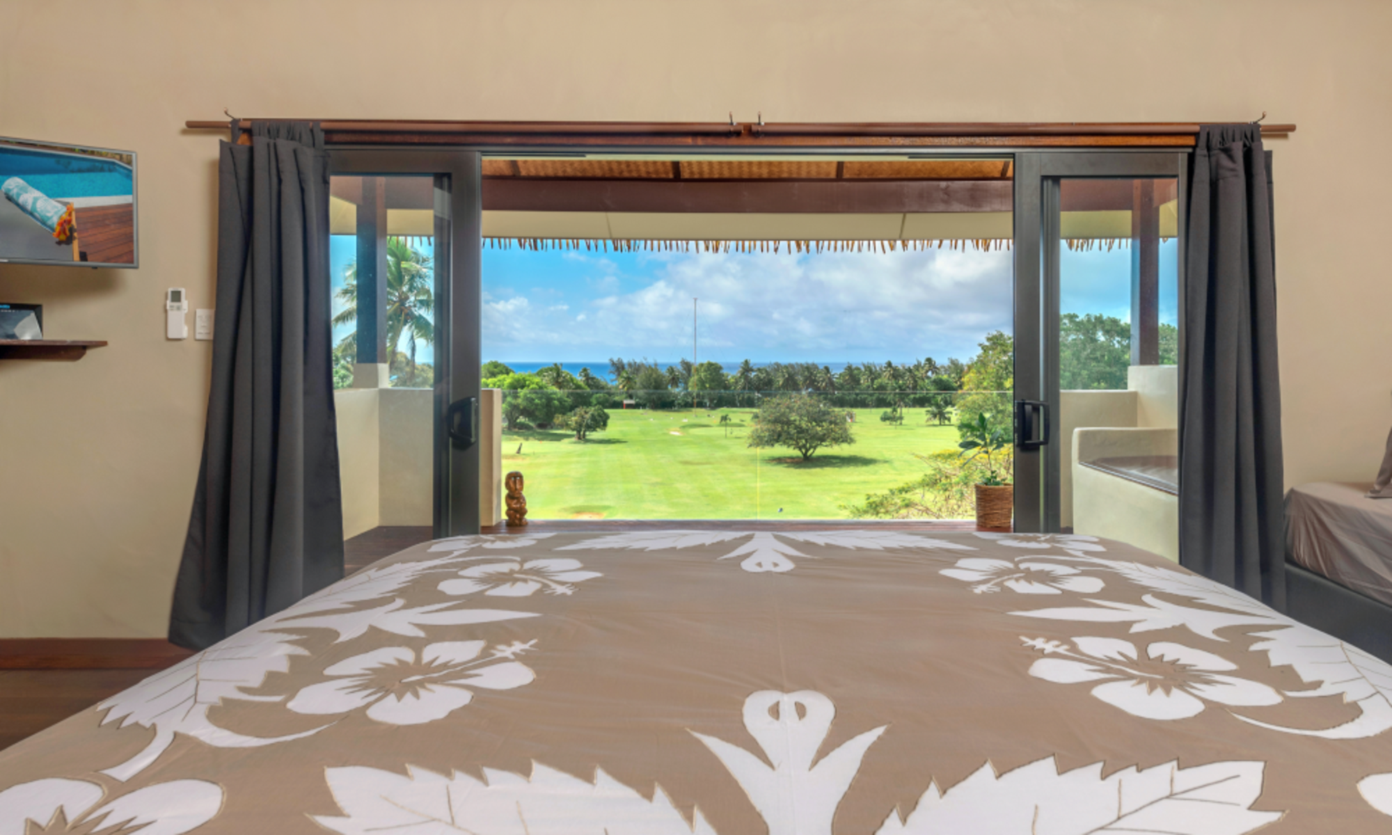 Rainbow villas Luxury accommodation Rarotonga with master bed view