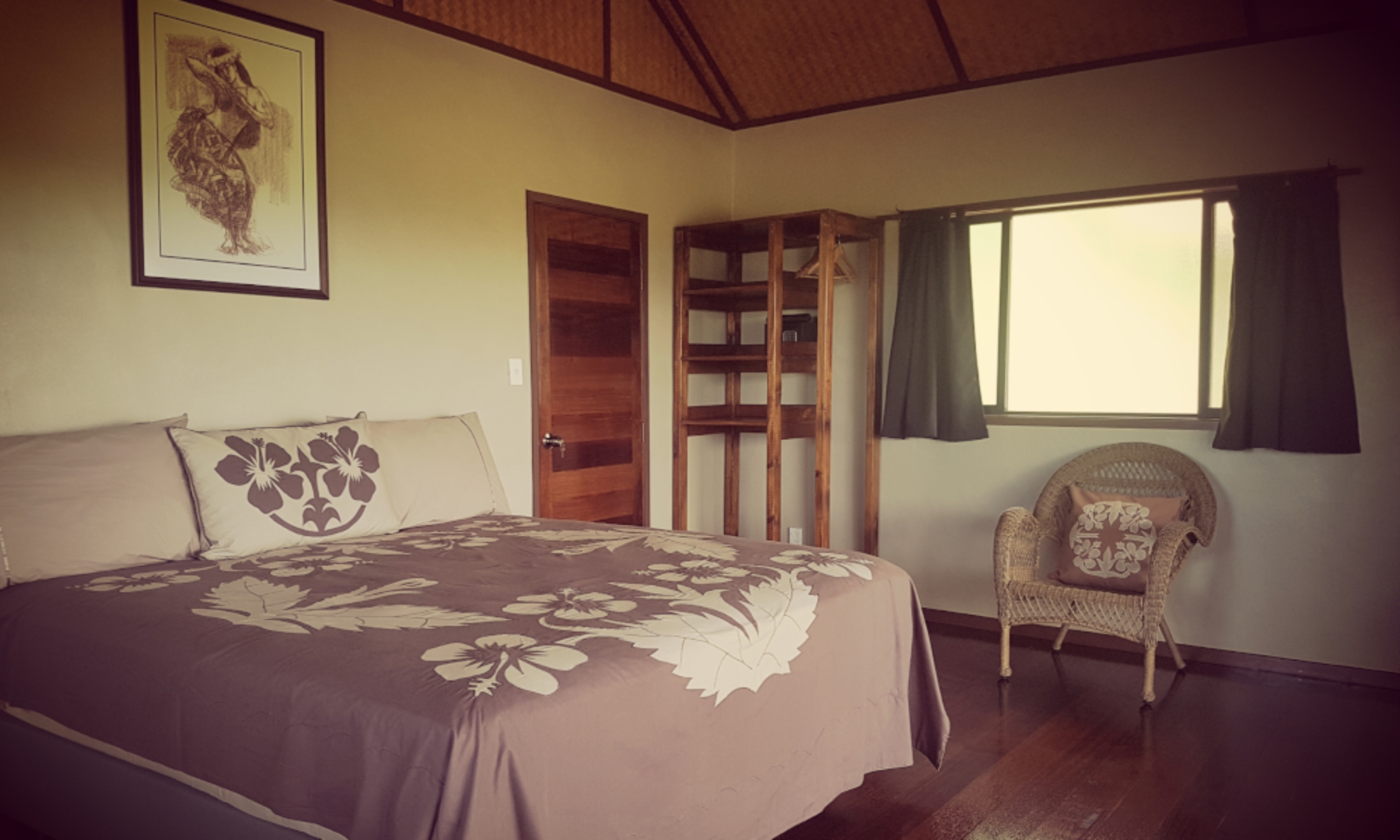 Rainbow villas Luxury accommodation Rarotonga with polynesian decor
