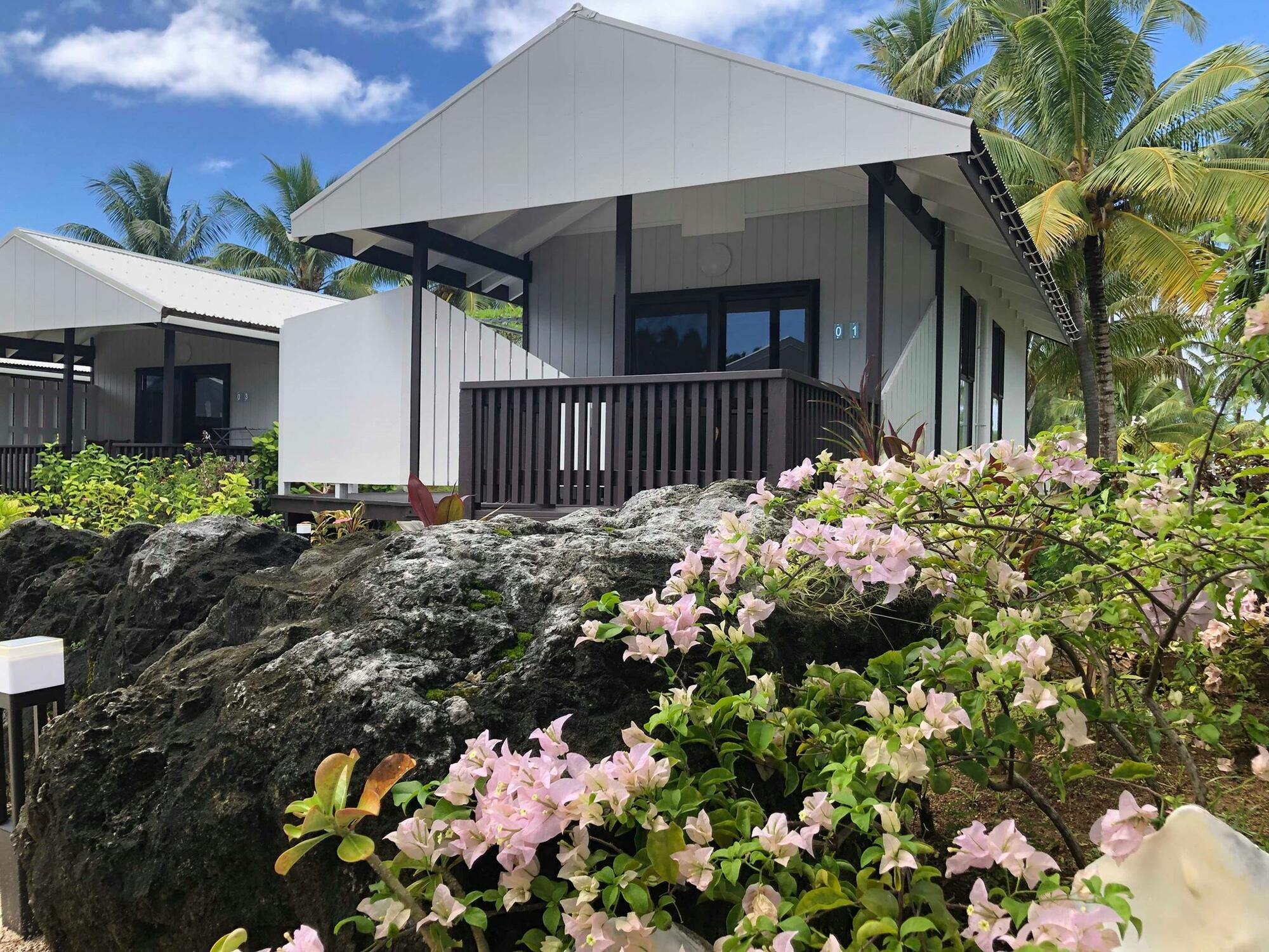 Aitutaki Village - Hibiscus Bungalow Outdoor